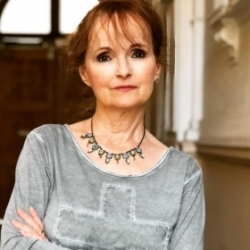 Jana Yngland Hrušková